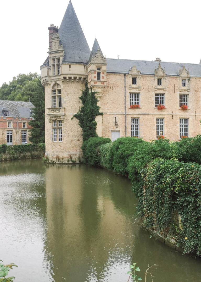 Chateau wedding in France